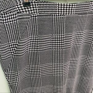 Lane Bryant Skirts - Lane Bryant Houndstooth Pencil Skirt Size 16